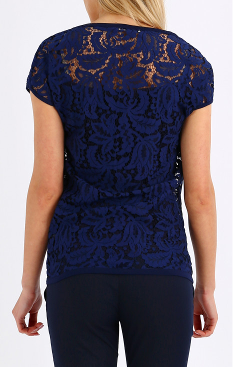 Dropped shoulders lace top