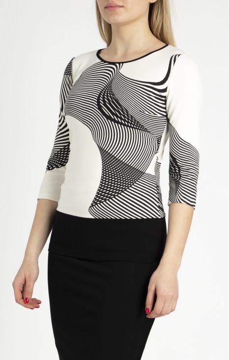 Beautiful 3/4 sleeve blouse