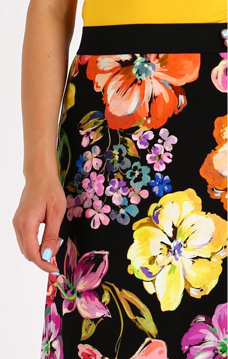 Elegant maxi skirt