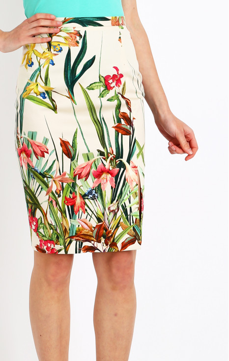 Cotton drill skirt with small slit