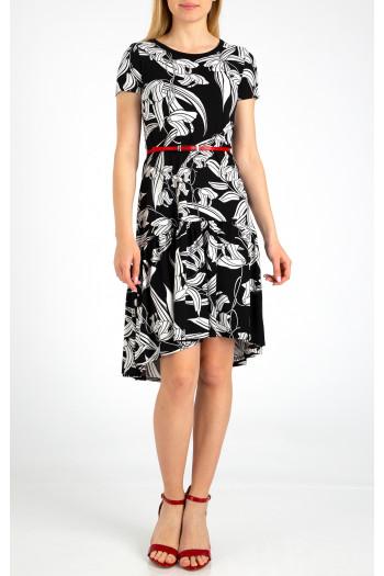 Elegant asymmetric dress with frills.