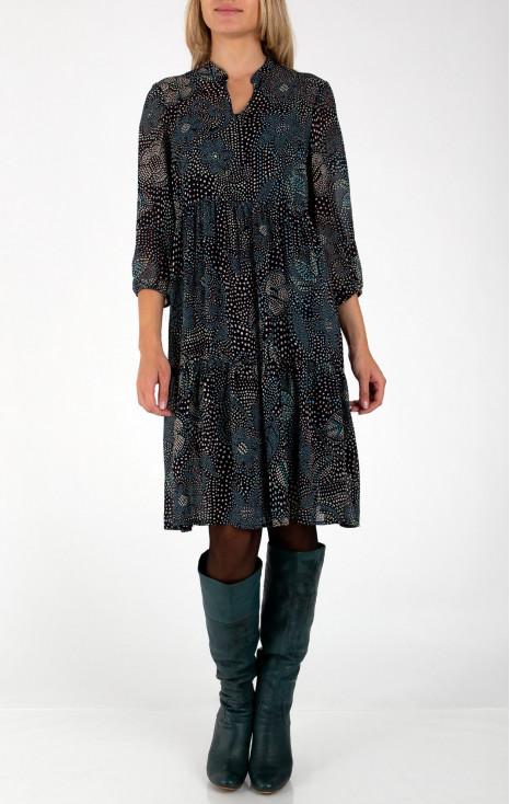 Elegant asymmetric dress with frills